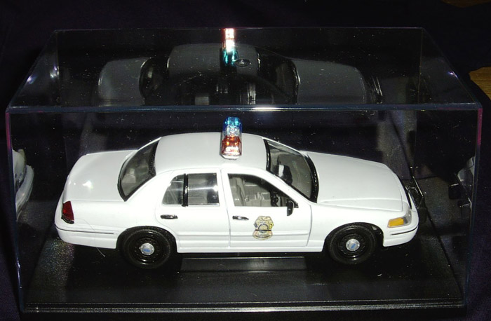 1:24 Die Cast Crown Vic